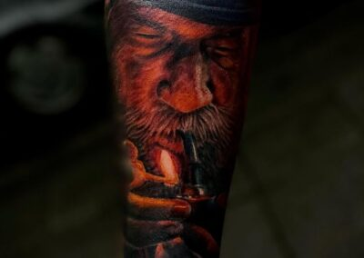 Tatuaje de Jr. Verger en Verger Tattoo Viejo con Pipa